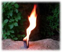 brennenderfackelabschnitt02.jpg