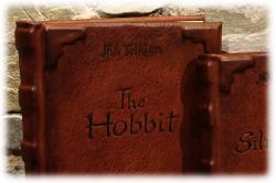 hobbitundsilmarillionledergebunden01nah.jpg