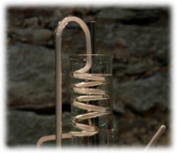 kuehlschlangemittrockeneisnebel.jpg
