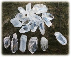 bergkristallemitbohrung.jpg