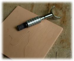 swivelknife2.jpg