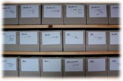 50cmgraupapplagerkartons01.jpg