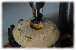 olivenholzkieselteelichthaltermitmessingeinlagen10.jpg